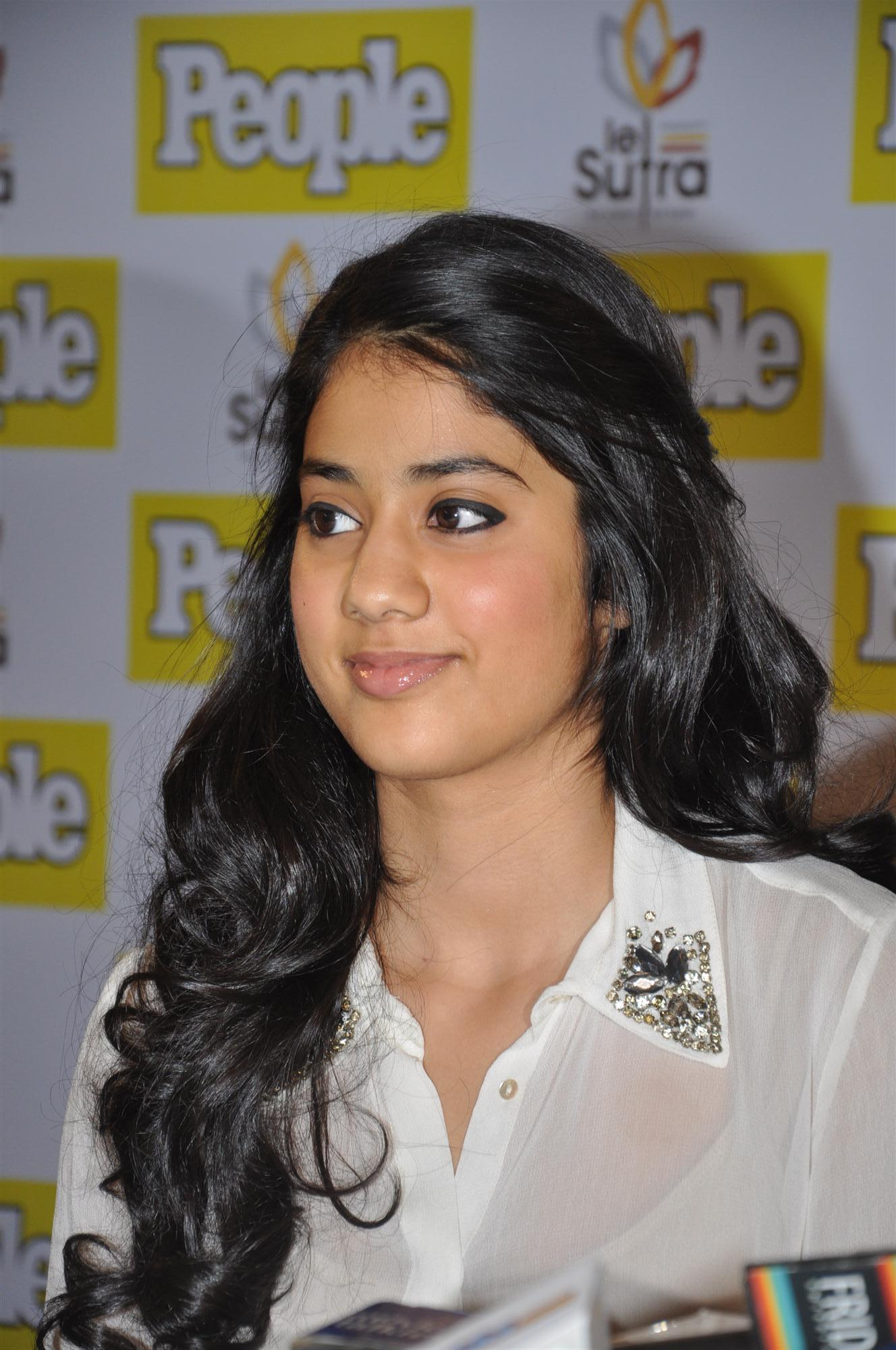Sridevis Daughters Jhanvi, Khushi Were The Stars At
