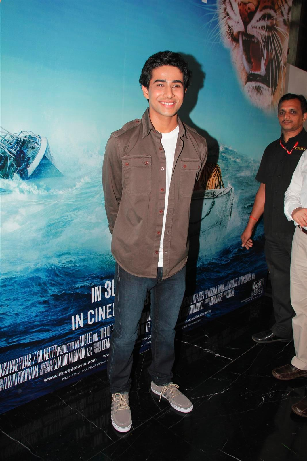 Suraj sharma at film life of pi press meet in mumbai 1 for Life of pi cast