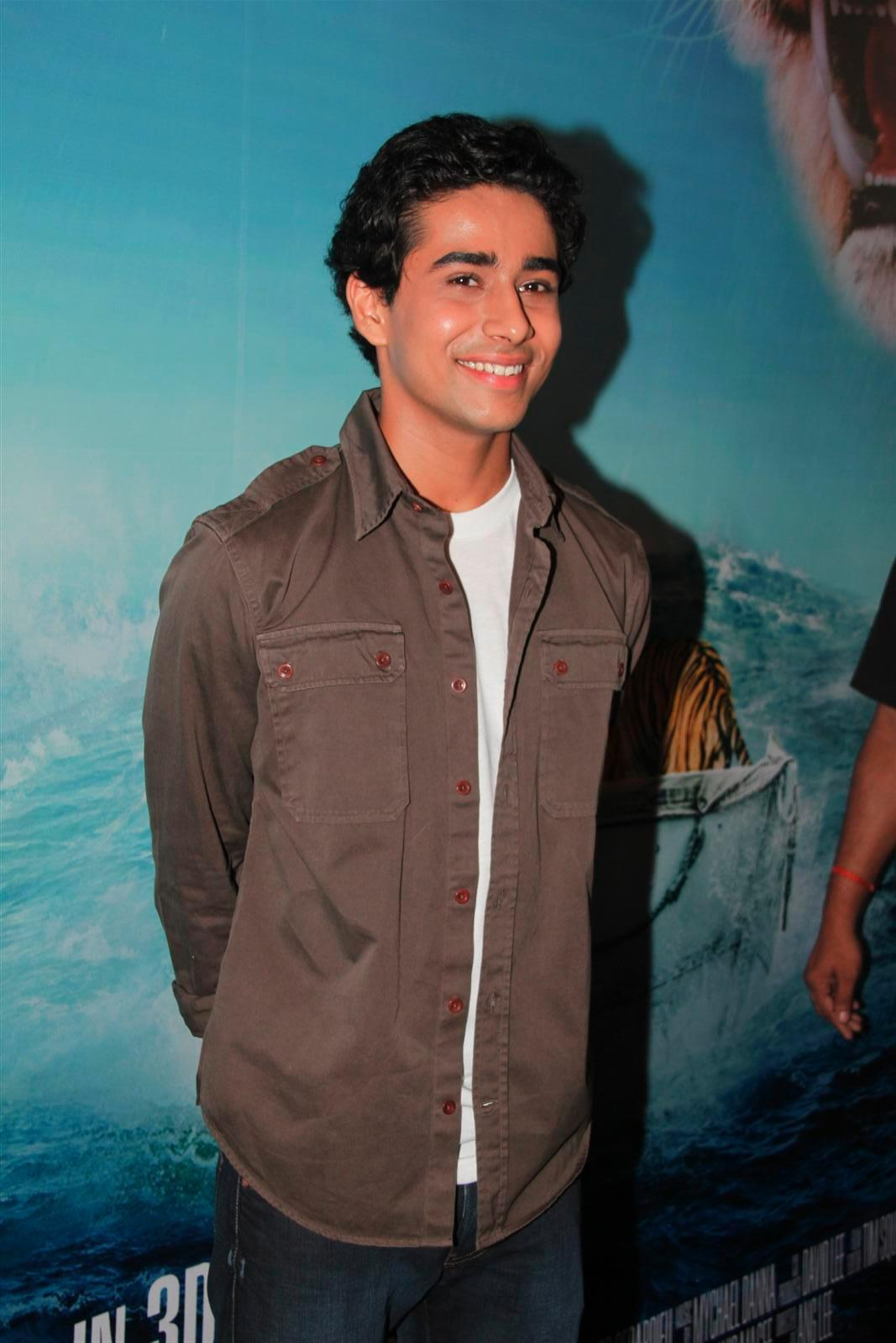 Suraj sharma at film life of pi press meet in mumbai 2 for Life of pi cast