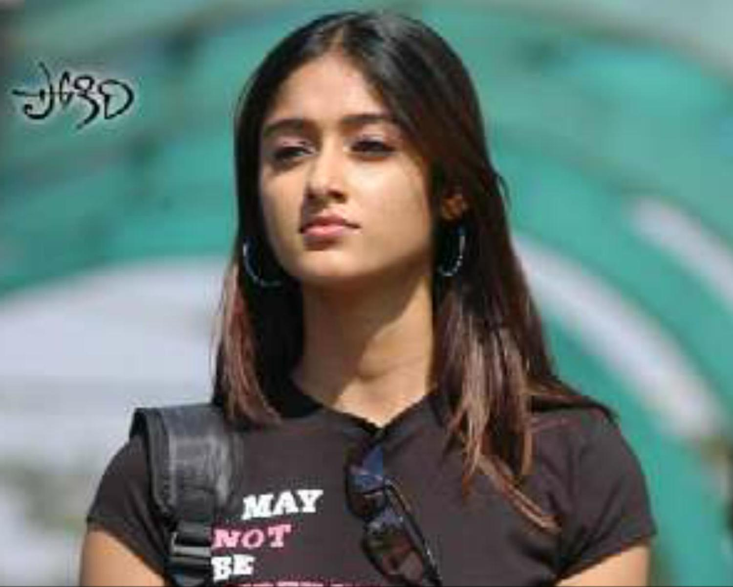 ilena pokiri : for friends on Rediff Pages