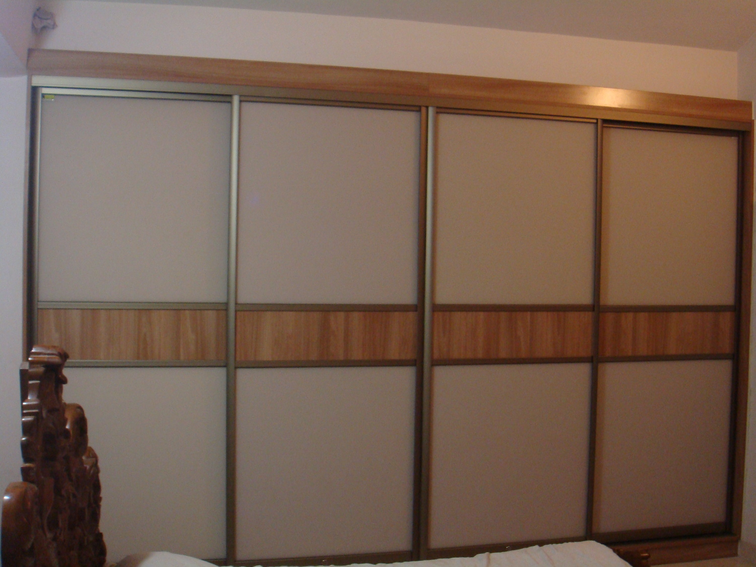 Glass And Pannel 12 Wall To Wall Wardrobe Kshidi Interiors