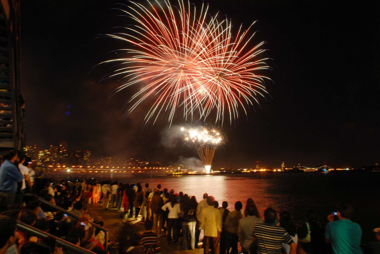 diwali fireworks at night diwali 2012 on rediff pages