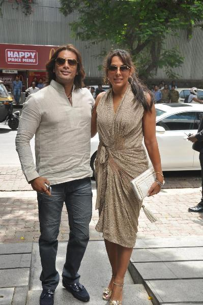pooja bedi with akashdeep saigal at first anniversary