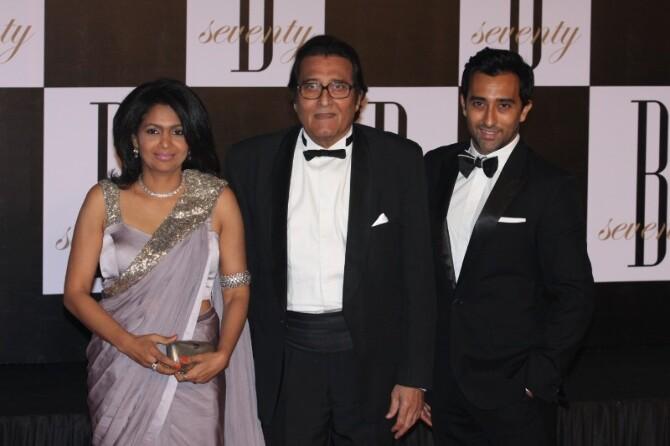 Vinod Khanna with wife Kavita  son Rahul Khanna at 70th Birthday Party of Amitabh Bachchan at Reliance Media Works in Mumbai