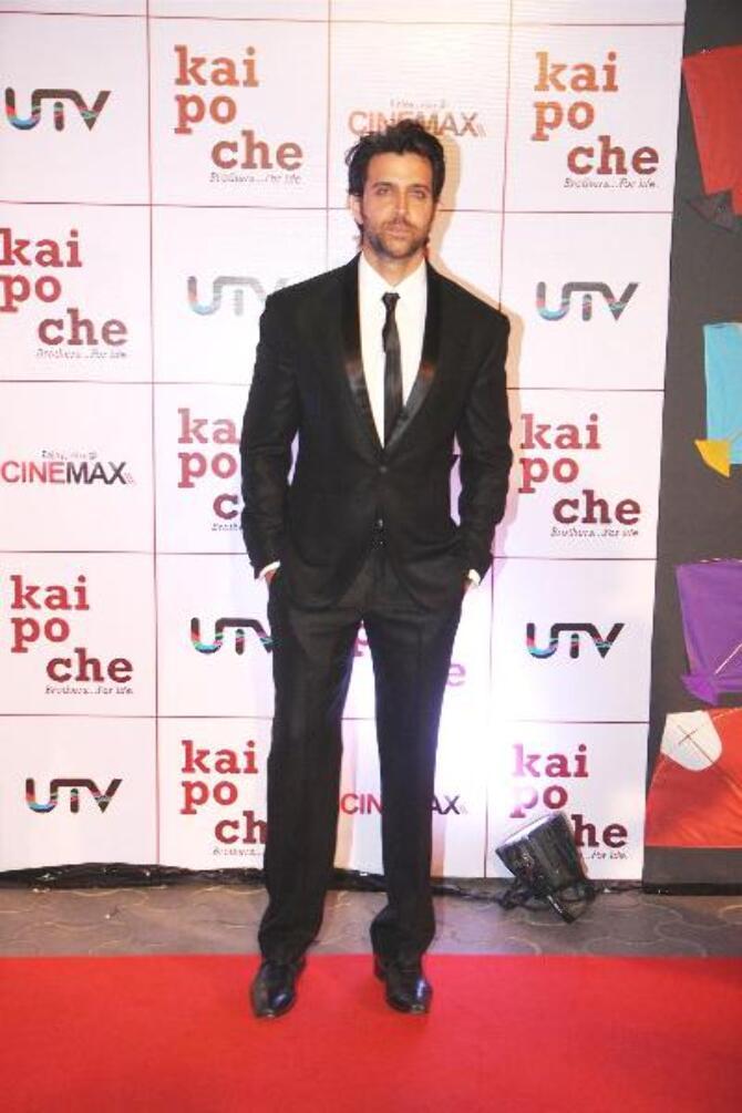 Actor Hrithik Roshan at film KAI PO CHE premiere at Cinemax in Mumbai  1