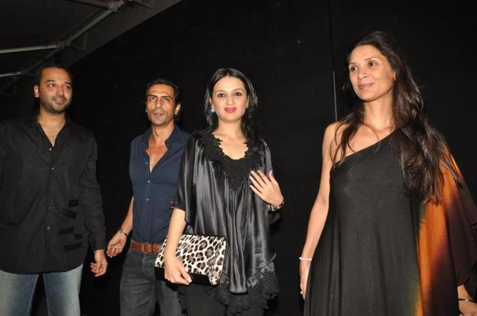bollywood celebs at planet volkswagen launch at blue frog-photo10
