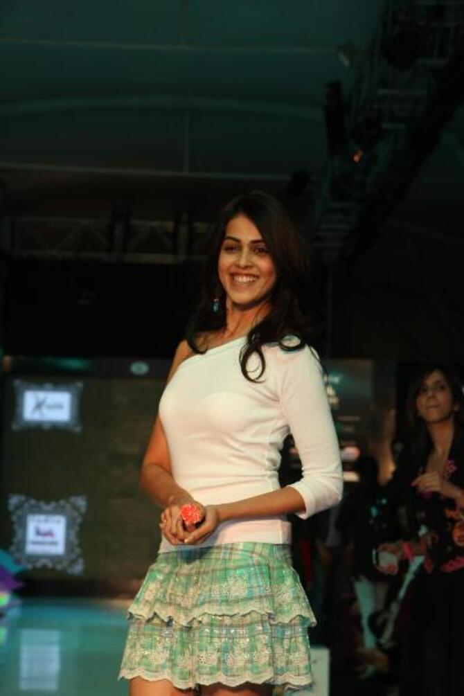 Actress Genelia DSouza walking the ramp at Grand Finale of India Kids Fashion Week 2012 in Mumbai  4