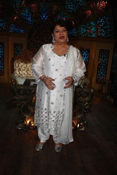 Veteran Choreographer Saroj Khan on shooting sets of dance reality show Nachle Ve at RK Studios in Mumbai