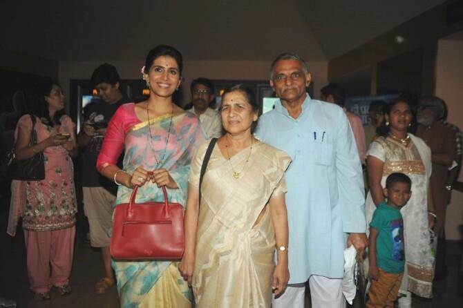 Sonali Kulkarni  Dr Pakash Baba Amte with wife Dr Mandakini Amte at Marathi film Dr Prakash Baba Amte special screening