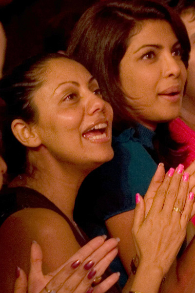 priyanka chopra with gauri khan