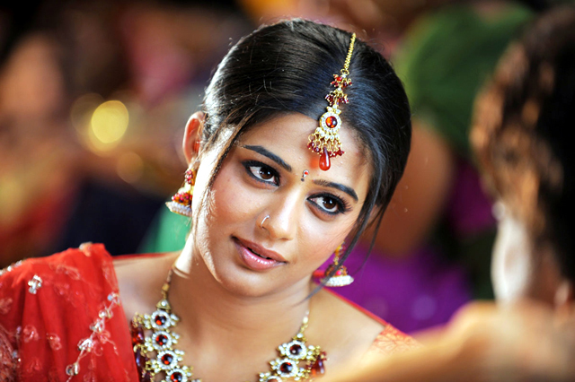 Priyamani Saree Looks Photo