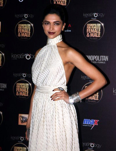 Deepika Padukone at the Cosmopolitan Fun Fearless Female Male Awards 2012 Pic