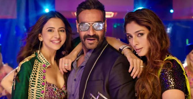 De De Pyaar De Movie Song Hauli Hauli starring Rakul Preet Singh  Tabu   Ajay Devgn  1