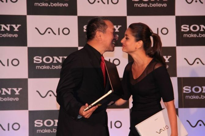 Kareena Kapoor greeting Masaru Tamagawa the Managing Director of Sony India at the launch of new range of SONY VAIO laptops Photo