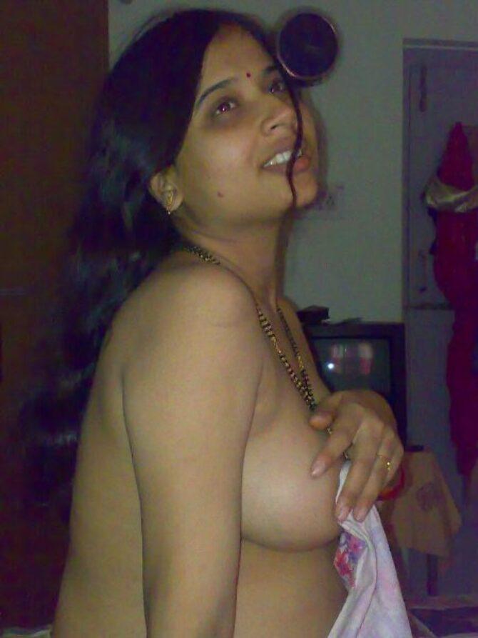 hot indian aunties without saree27