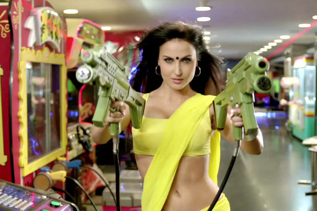 Elli Avram Mickey Virus Movie Hot Photo