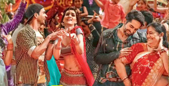 Kriti Sanon Bareilly Ki Barfi Movie Song Pic