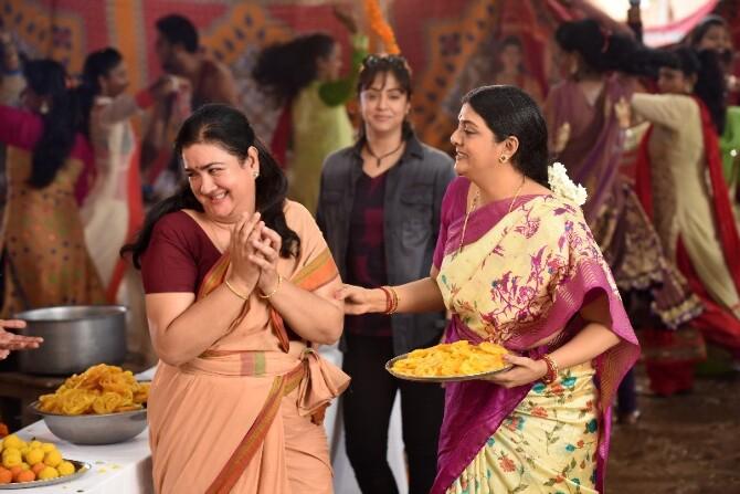 Magalir Mattum Tamil Movie Working Stills  6