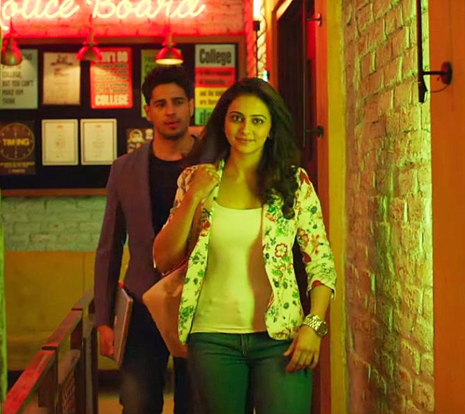 Rakul Preet Singh Sidharth Malhotra Aiyaary Movie Songs Photos  13
