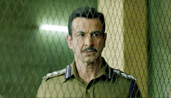 Ronit Roy Lucknow Central Movie Stills  9