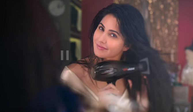 Katrina Kaif starrer ZERO Movie Photos  58