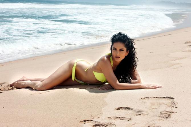 Sunny Leone Jism 2 Image