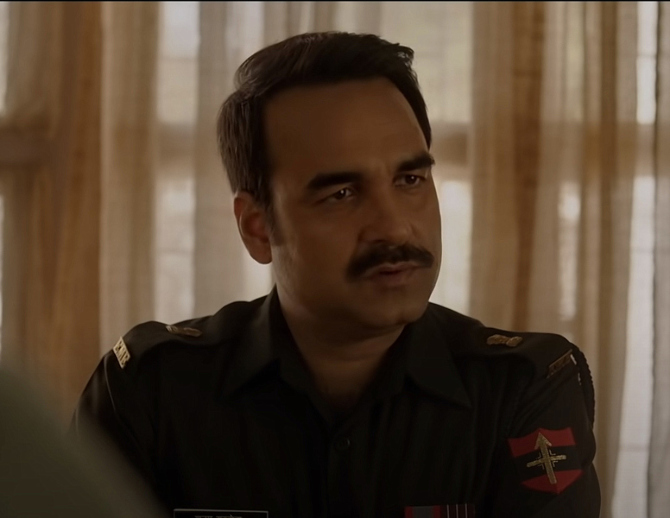 Pankaj Tripathi starrer Gunjan Saxena Hindi Movie Photos  24