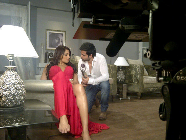 Emraan Hashmi and Bipasha Basu in Raaz 3 Movie Photo
