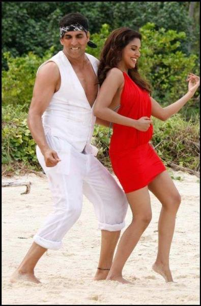 Akshay Kumar and Asin Housefull 2 Movie Stills
