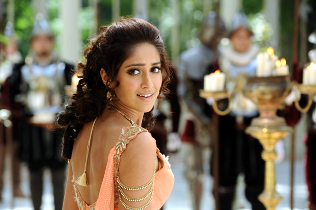 Ileana D Cruz Nanban Photo