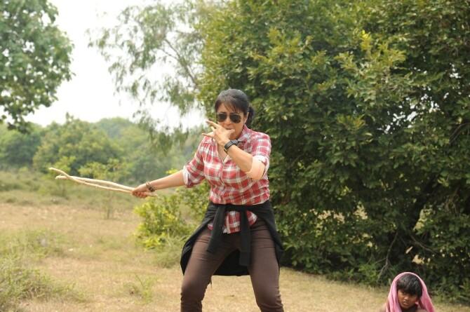Magalir Mattum Tamil Movie Photos  6