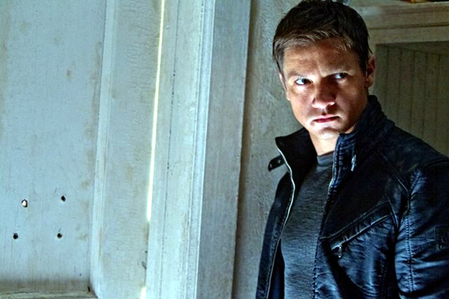 Jeremy Renner in The Bourne Legacy Photo